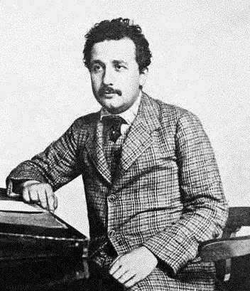 爱因斯坦不仅拥有超大的脑容量,还有令人沦陷的颜值和多情 - 第5张  | 鹿鸣天涯